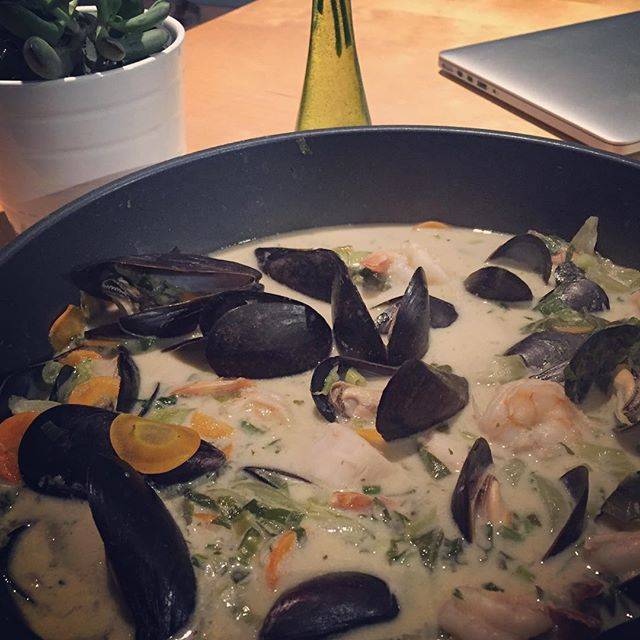 Seafood green curry, new dish at the Cottage #fbckitchen