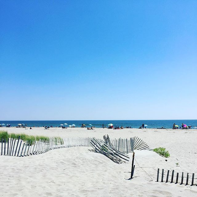 The Hamptons for the poor or the best city beach? #forttildenbeach