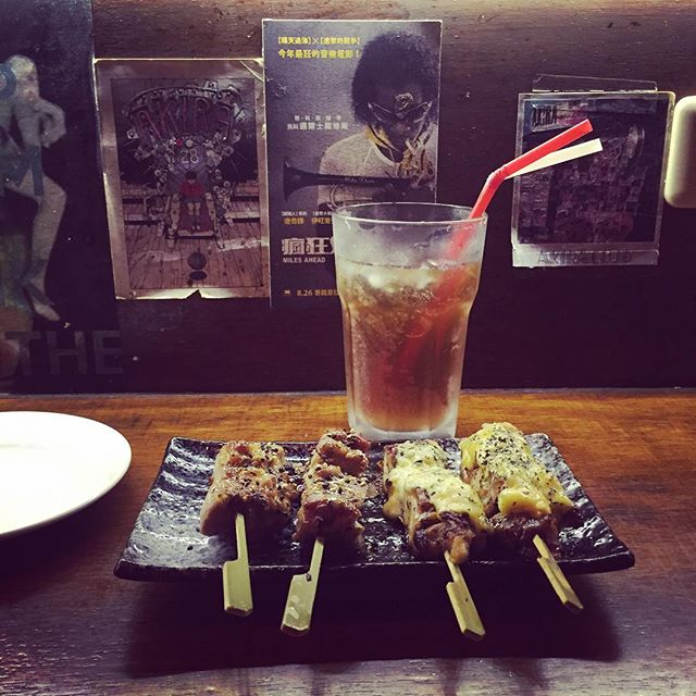 Bachelor night 2 (as you can see, I like some routine in life) #yakitori #lit #taipei