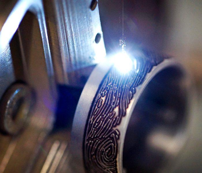 Ring Anfertigung Tantal Platin Ring beim Salzburger Juwelierwaren KREMO kreativ modern Juwelier Salzburg Tantal Ringe Tantalum Trauringe sind einfach etwas Besonderes… 03