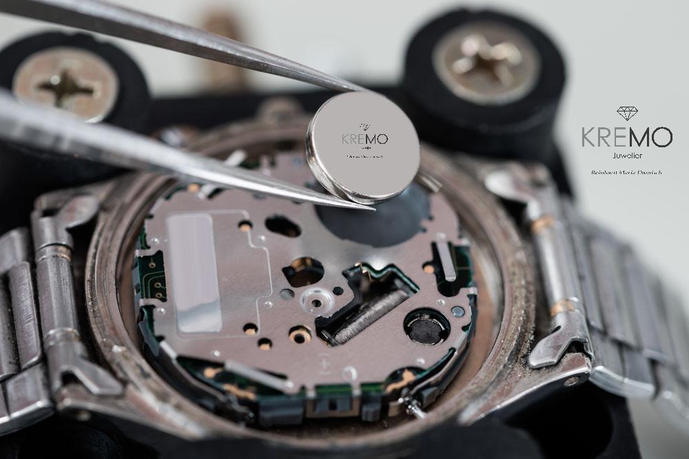 Batteriewechsel, Service, Reparatur, Wartung