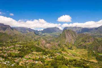 La Réunion and its connection to the Seychelles
