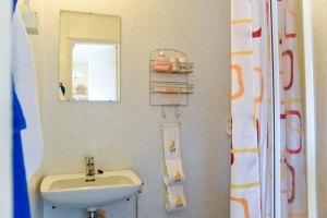 Hotelli Krepelin - A2 - Kylpyhuone