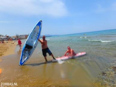 Actief op het strand Griekse eilanden