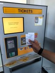 Am Ticketschalter könnt ihr euch die Tickets kaufen