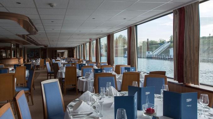 Das Panoramarestaurant der MS Rhein Melodie