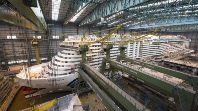 AIDAnova in der Baudockhalle. Foto: Meyer Werft