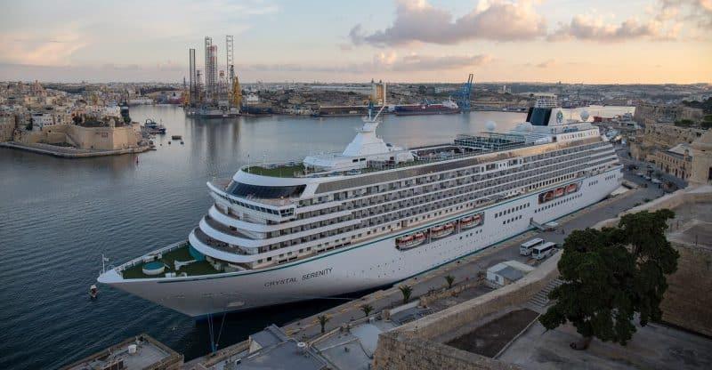 Die Crystal Serenity im Kreuzfahrthafen von Valletta - Malta