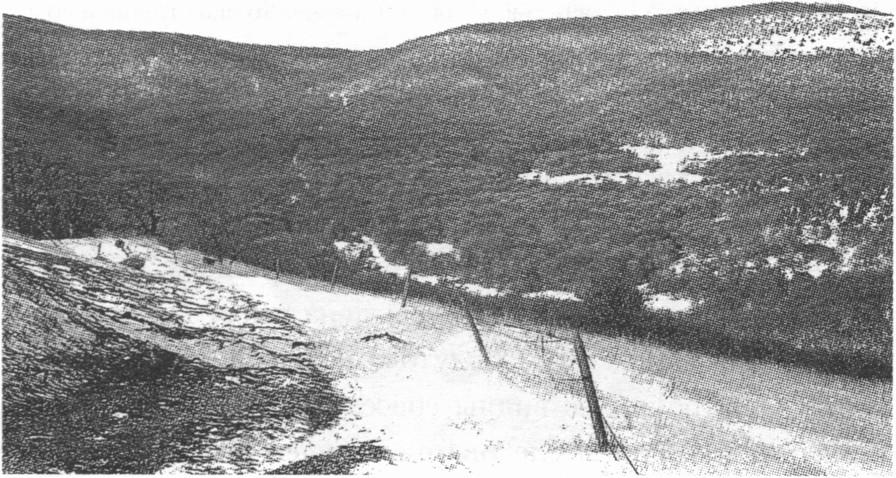 Заснеженные остатки стен Кок-Кия-Исара
