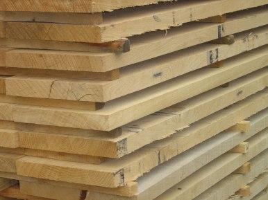 Eichenschnitt-Holz, besäumt