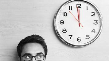 Zeit wird zu einem bestimmenden Faktor in der Krisenkommunikation (Foto Stockunlimited)