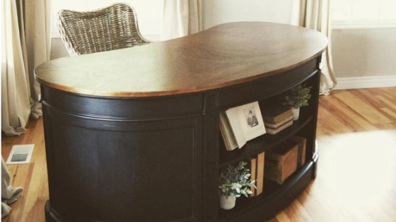 How to Paint Furniture Black - krista-howard.com