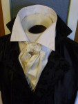 A Regency Cravat tied with a Barrel Knot.