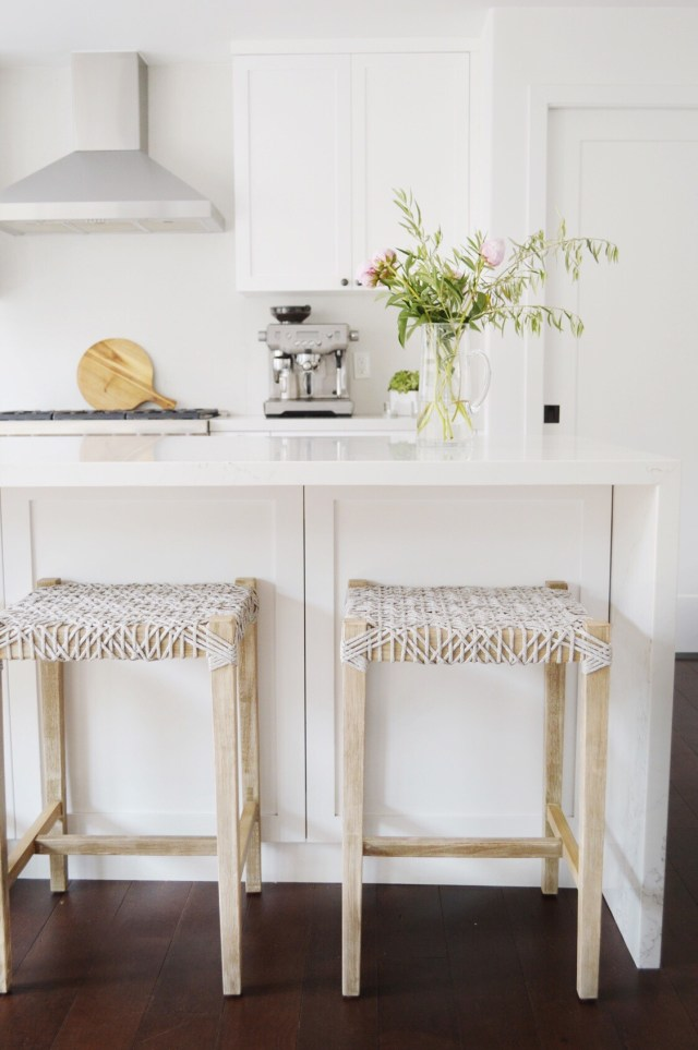 beachy kitchen