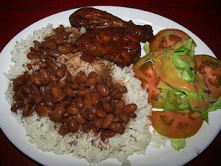 La bandera a traditional dish from the dominican republic the garlic tomato green peppers are all key ingredients in dominican cooking la cocina dominicana and are the base for most of the sauces forumfinder Image collections