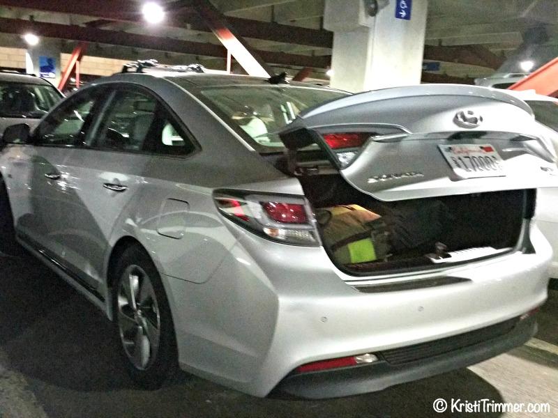 Hyudai Sonata Review_Parking