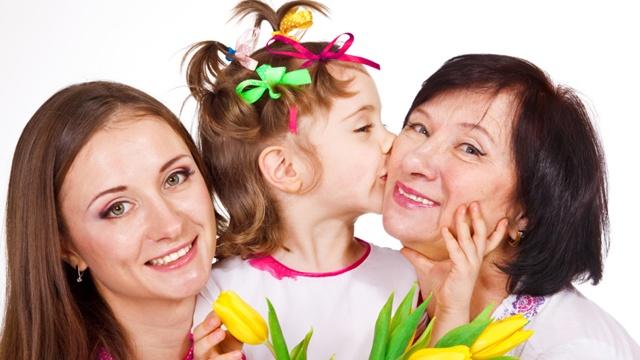 Grandma-mom-grandchild-jpg_166828_ver1_20161215072631-159532