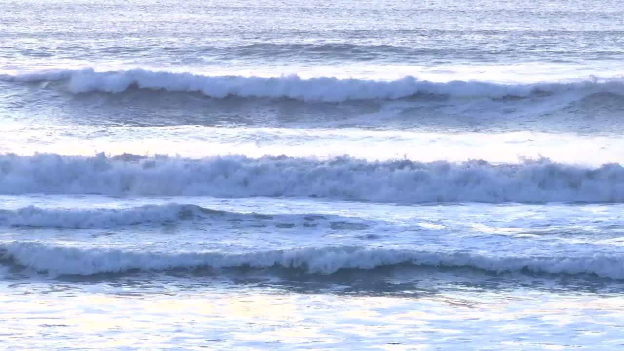 Surfer dies after being pulled from Ocean Beach
