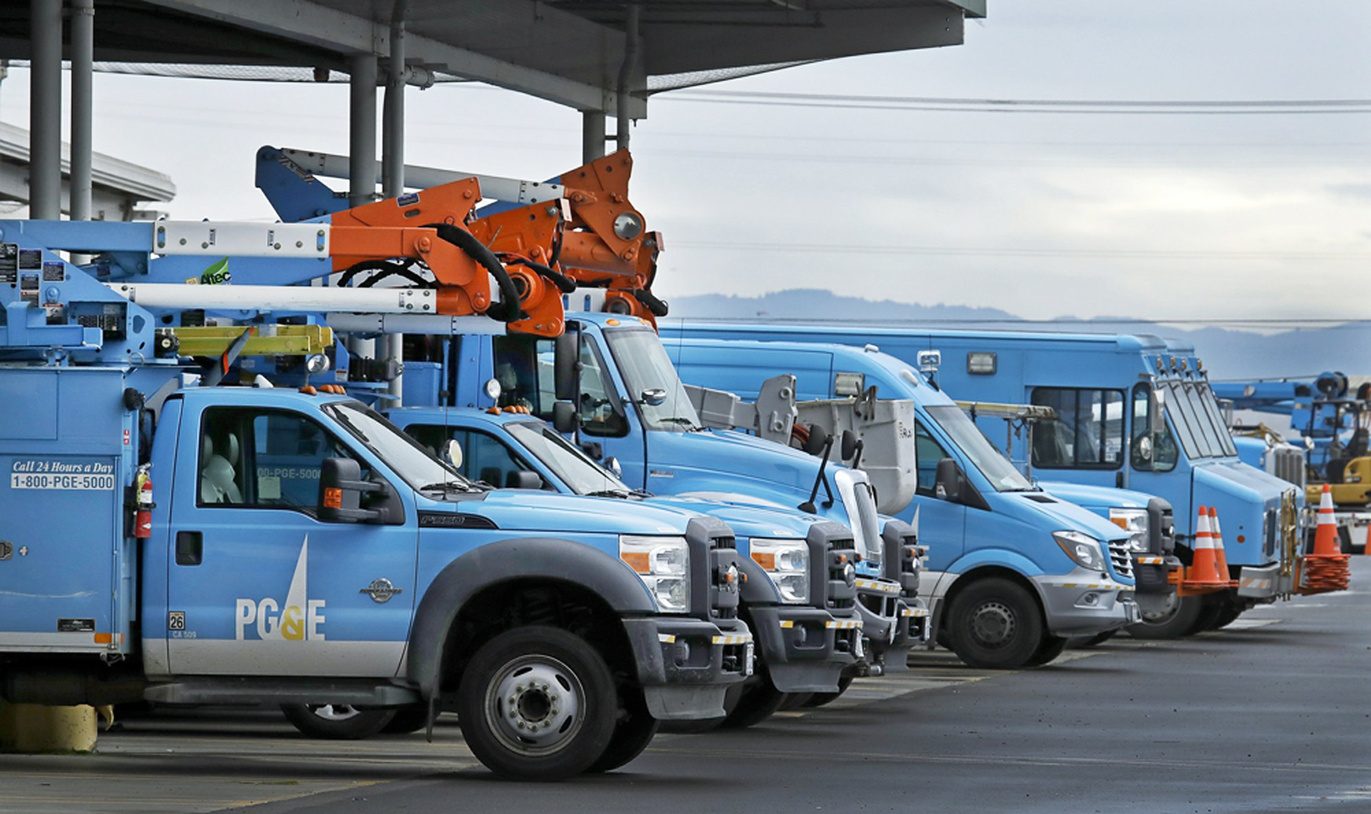 Do PG&E power shutoffs work? It's hard to know, experts say