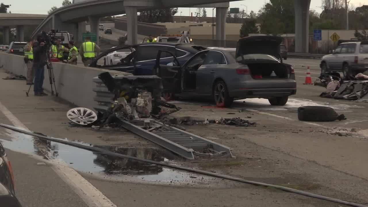 Highway_101_Tesla_crash_0_20180323234611