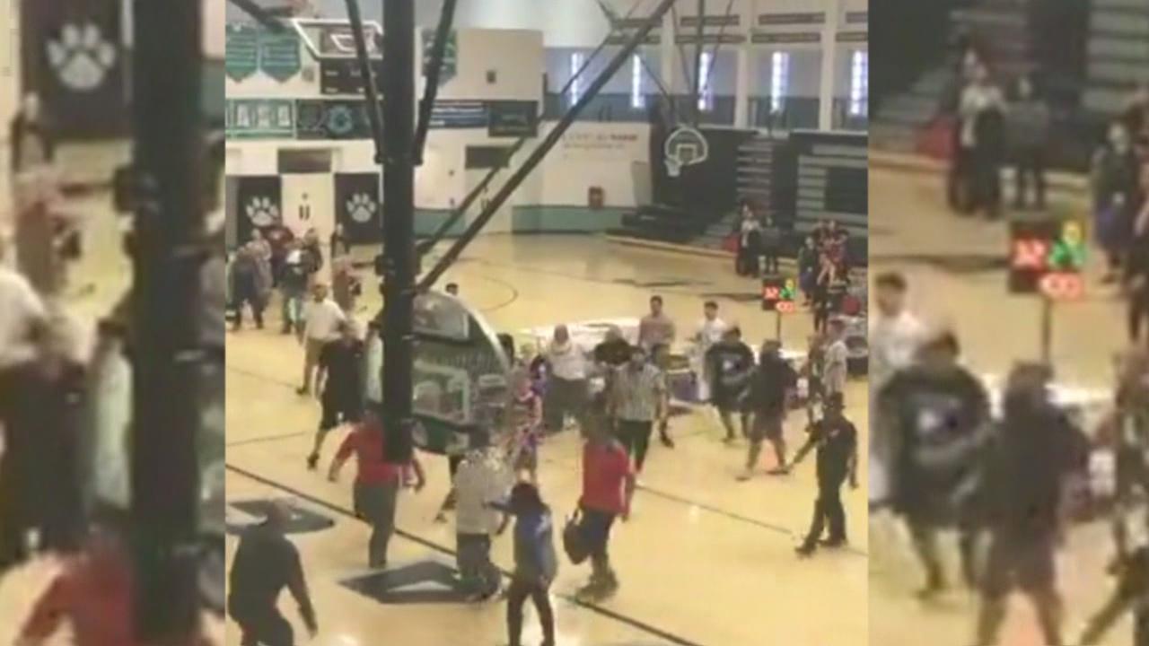 youth basketball brawl_560819