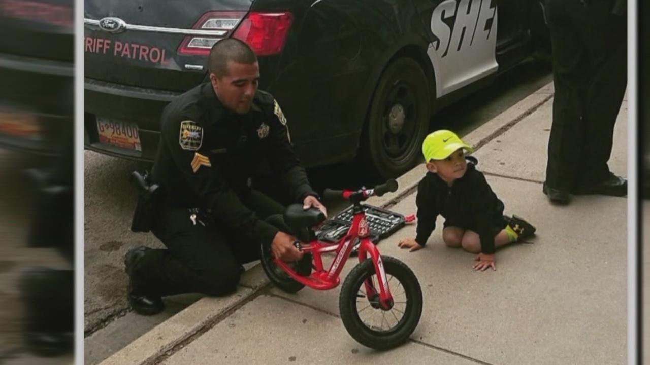 San Miguel County deputies help boy fix his bike_599949