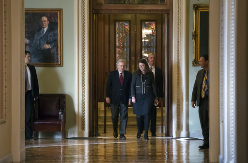 Mitch McConnell, Laura Dove_751167