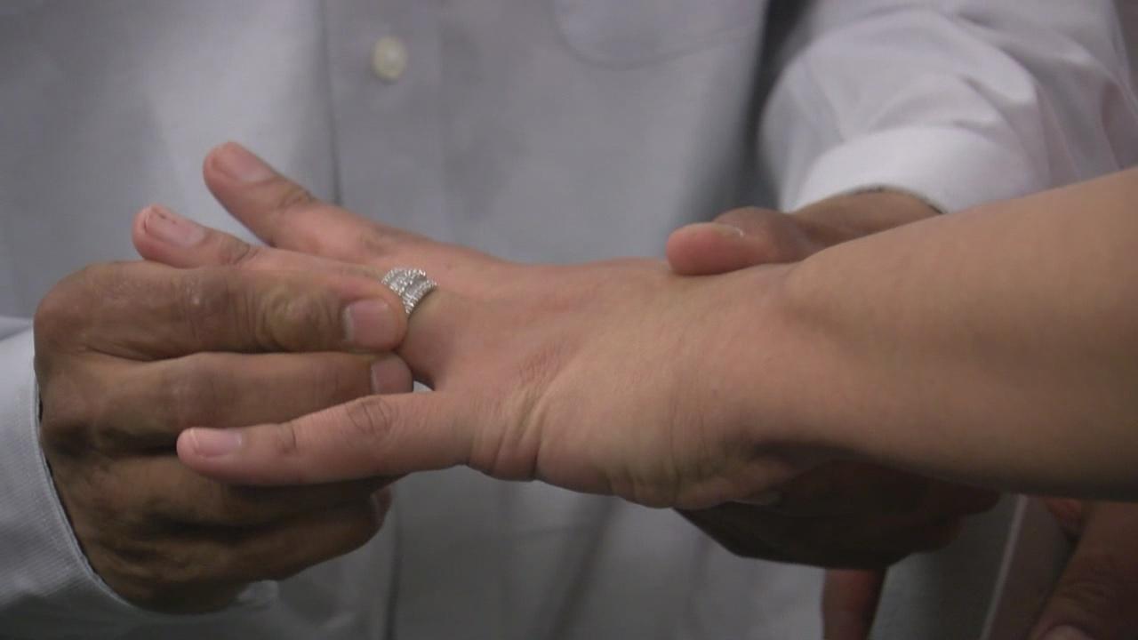 krqe-marriage-wedding-ring-stock-img_530774
