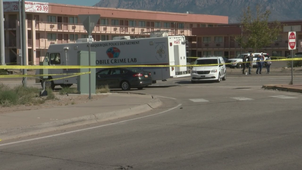 APD investigates deadly shooting in NE Albuquerque_1539988031278.jpg.jpg