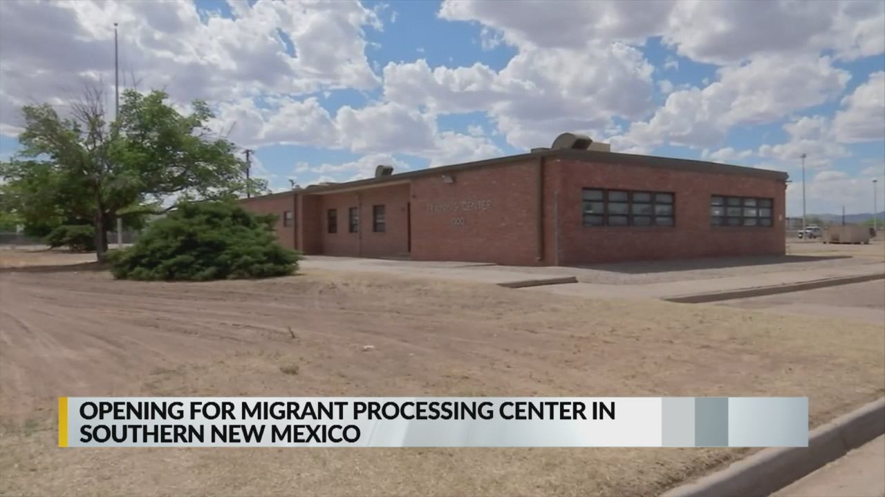Las Cruces migrant center_1556537661363.jpg.jpg