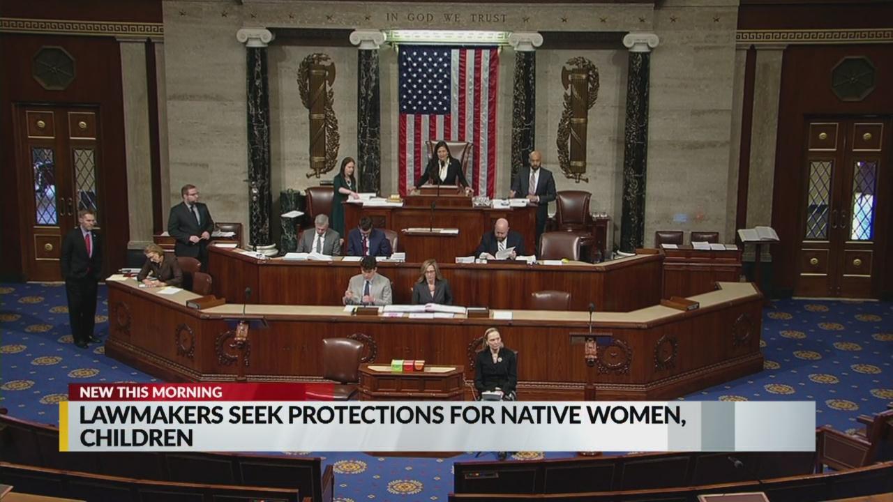 lawmakers_1557749737214.jpg