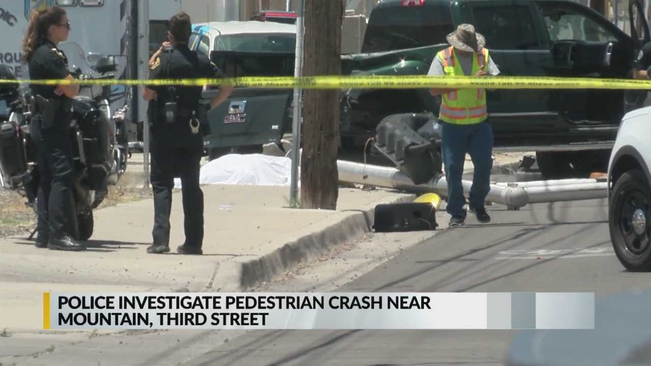 Two-car crash in Albuquerque causes death of pedestrian | KRQE News 13