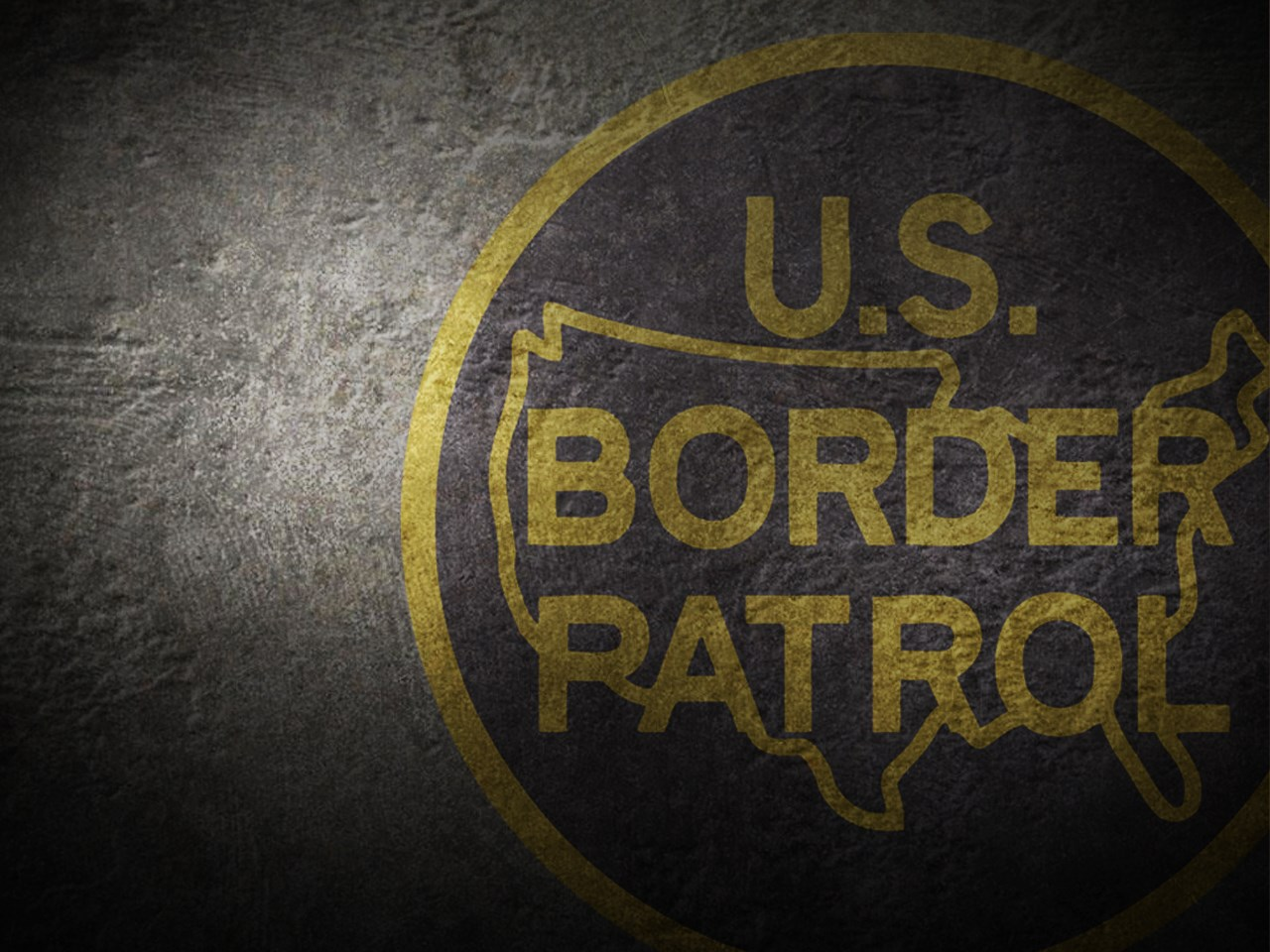 Border agents arrest 2 'dangerous' felons at Southern N M