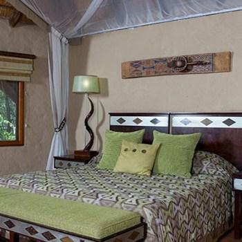 Lukimbi Lodge Classic Bedroom