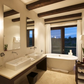 Kapama River Lodge Bath Interior