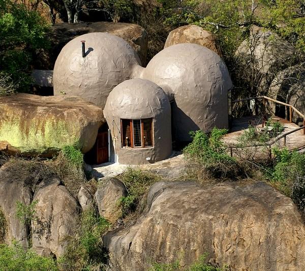 Manyatta Rock Camp Family Chalet Exterior