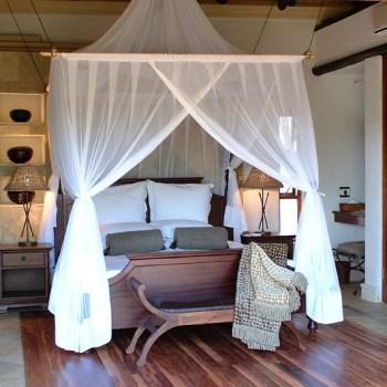 Shumbalala Game Lodge Superior Suite Bedroom