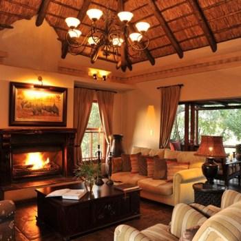 Waterbuck Game Lodge Warm Lounge