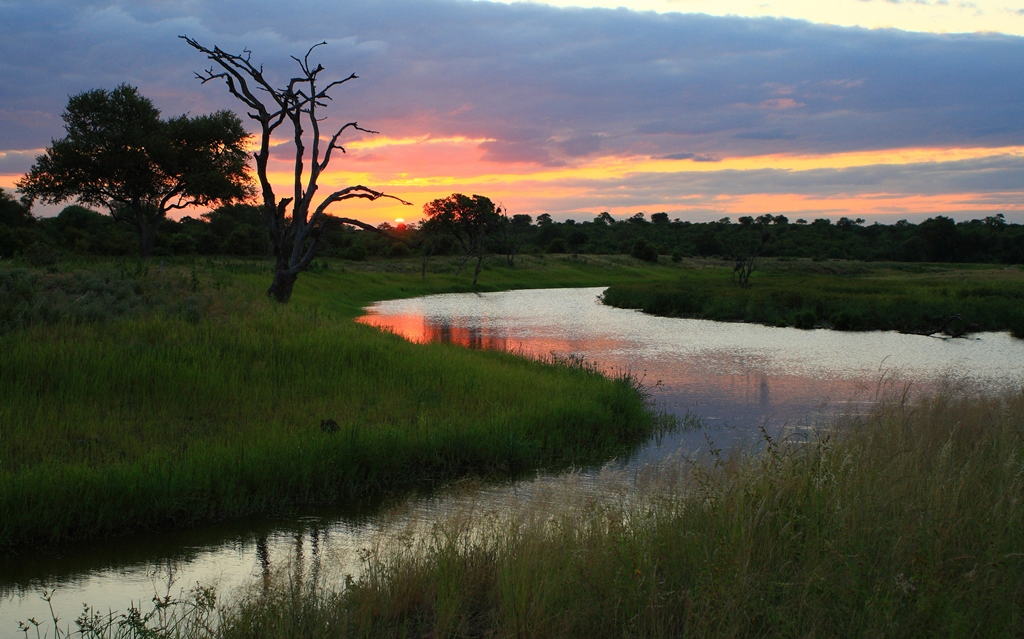 Motswari Private Game Reserve Beautiful Landscape View of the Bending River at Sunset
