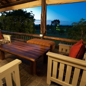 Nzumba Outdoor Deck Lounge