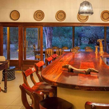 Monwana Game Lodge Bar Interior