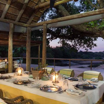 Thornybush Game Lodge Outside Dining Area