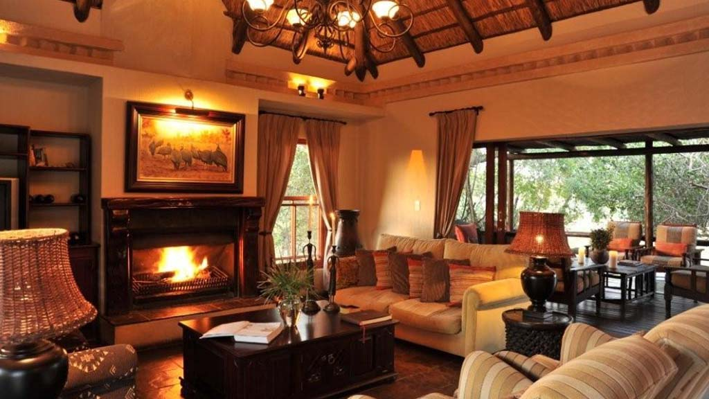 Waterbuck Game Lodge Accommodation Lounge