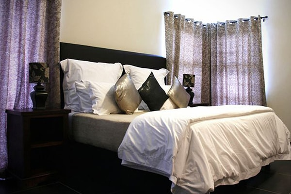 LeoLapa Bedroom