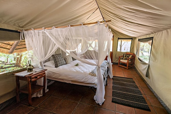 Pungwe Bush Camp Tent Bed