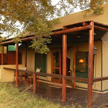 Chapungu Luxury Tented Camp Tent Exterior