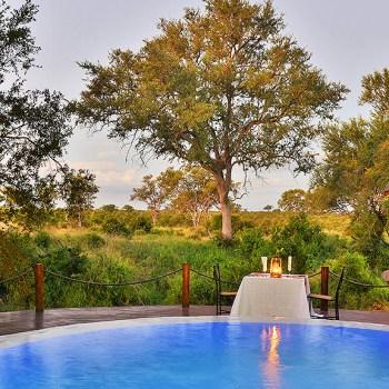 Hoyo Hoyo Safari Lodge Pool Area