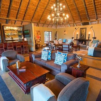 Kambaku Safari Lodge Lounging Area