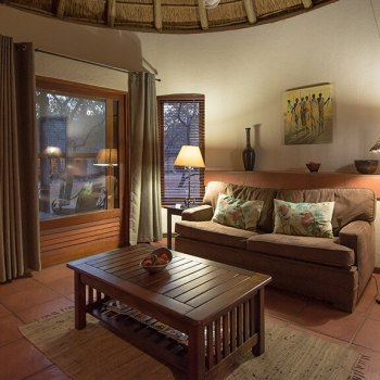 Nkaya Lodge Suite Lounge