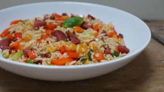 rijst met salami en paprika